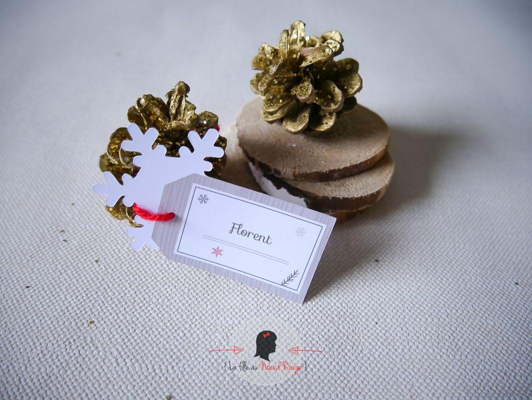 Décoration mariage sur-mesure hiver taupe blanc marque-place avec découpe flocon