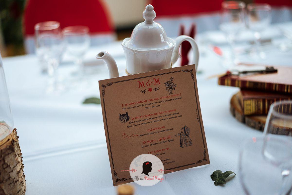 La fille au noeud rouge - Faire part sur mesure-mariage alice au pays des merveilles idée décoration