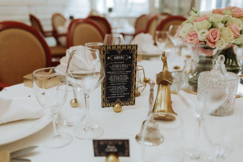 La fille au Noeud - décoration papeterie mariage bleu marine or doré art déco gatsby menu