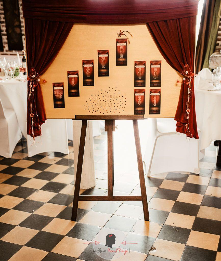 La fille au Nœud Rouge - décoration papeterie mariage théâtre rideaux planche plan de table