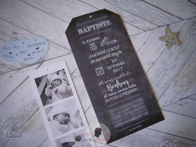 La fille au Noeud Rouge - Faire-part sur-mesure naissance photomaton ardoise symbole illustration information naissance