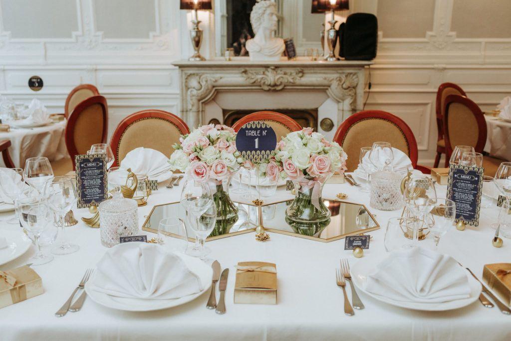 La fille au Noeud - décoration papeterie mariage bleu marine or doré art déco gatsby numéro de table