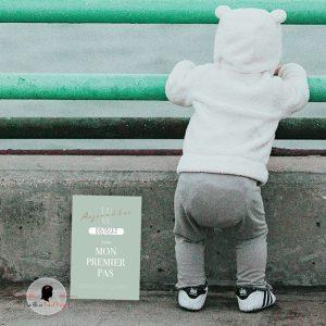 La fille au Noeud Rouge - carte étapes bébé collection modern love photo