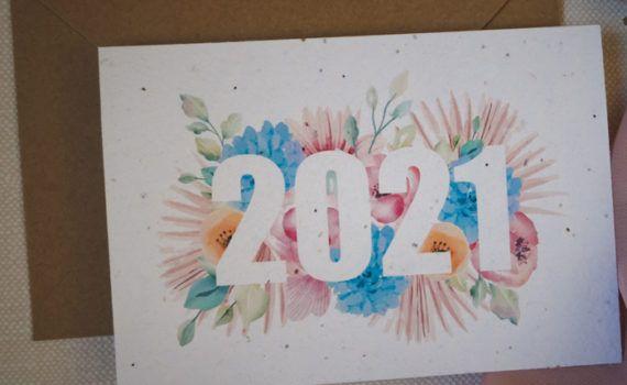La fille au Noeud Rouge - Carte de voeux 2021 papier ensemencé fleurs photo
