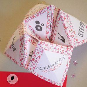 La fille au Noeud Rouge - Menu mariage cocotte en papier liberty rouge champêtre