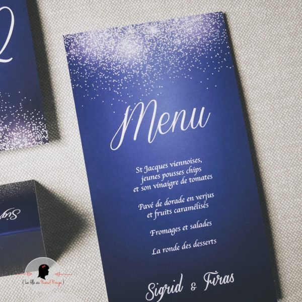 La fille au Noeud Rouge - Menu mariage rectangle moderne bleu marine paillettes