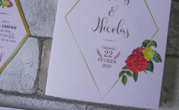 La fille au Noeud Rouge - faire-part mariage sur-mesure végétal fleur losange doré hortensia rouge vert jaune 2